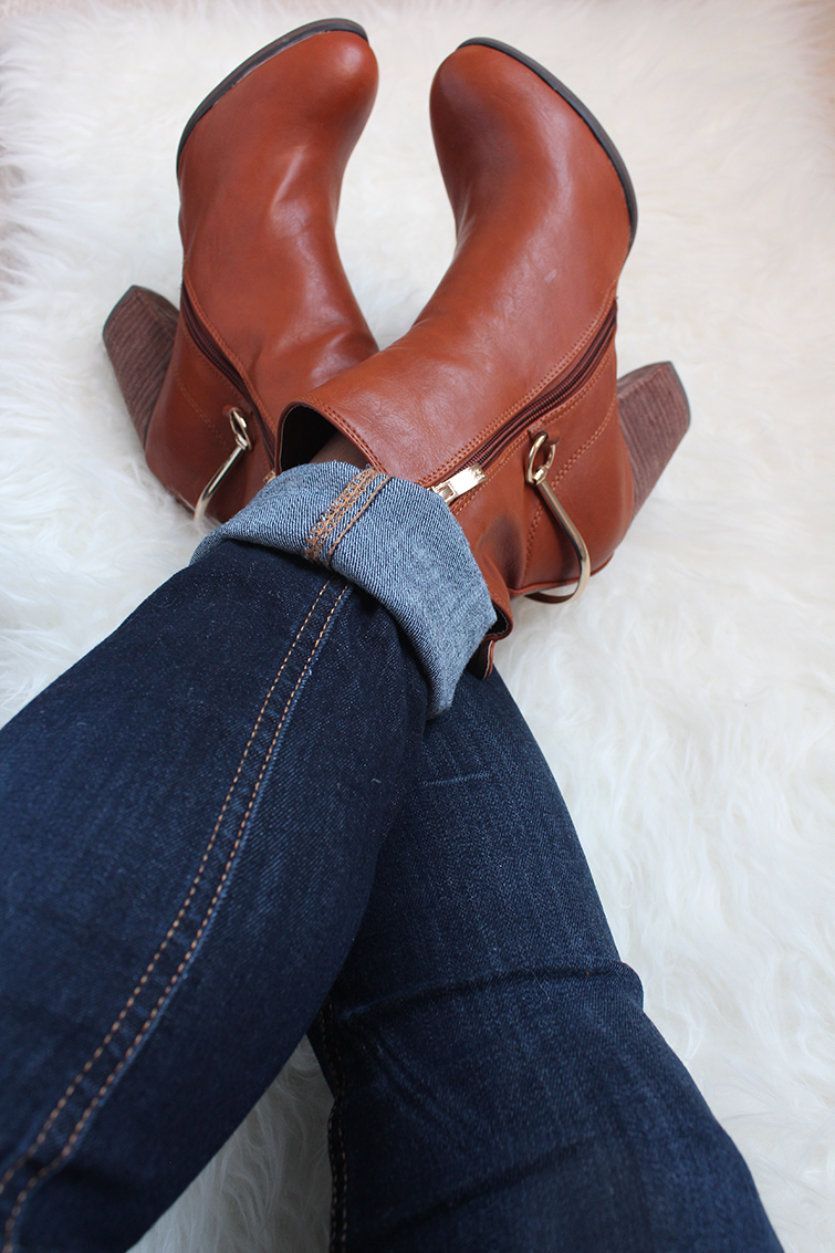 Brown Ankle Booties with Skinny Jeans