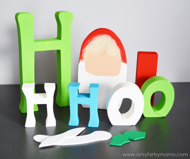 Ho Ho Ho Word Set Tutorial at artsyfartsymama.com