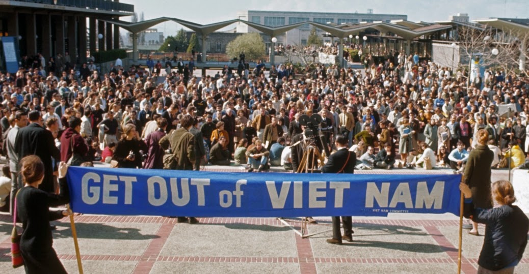 a look at the 1970 student protest against the vietnam war Protests against the vietnam war took place in the 1960s and 1970s the protests were part of a movement in opposition to the  after a student anti-war .