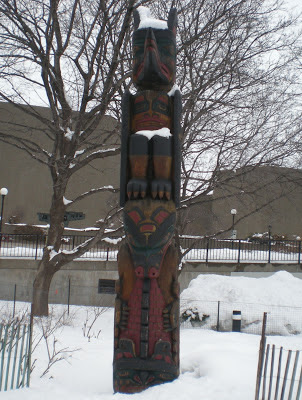 totem pole, Pacific Northwest, carving, cedar, winter, public park, Ottawa