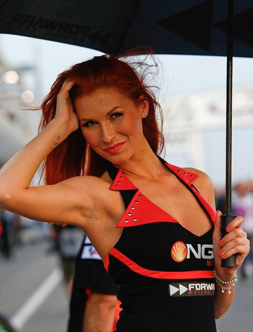 Para Gadis Payung MotoGP 5