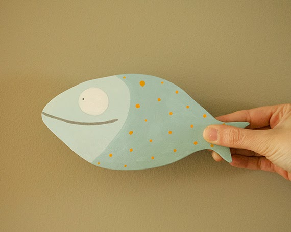 ilustración infantil sobre madera  pez maremagnum la detallista
