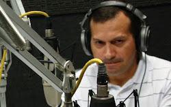 Ferreira Santos/jornalista e radialista.