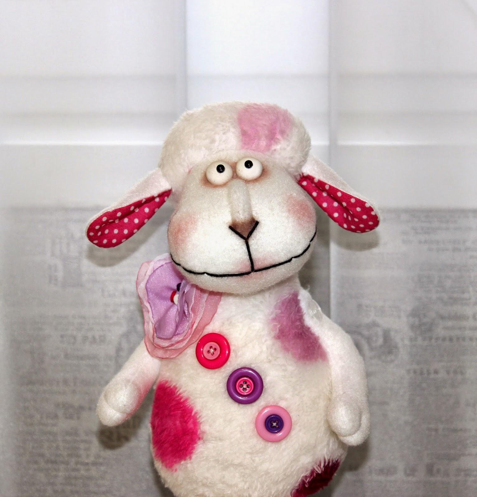 красивая овечка