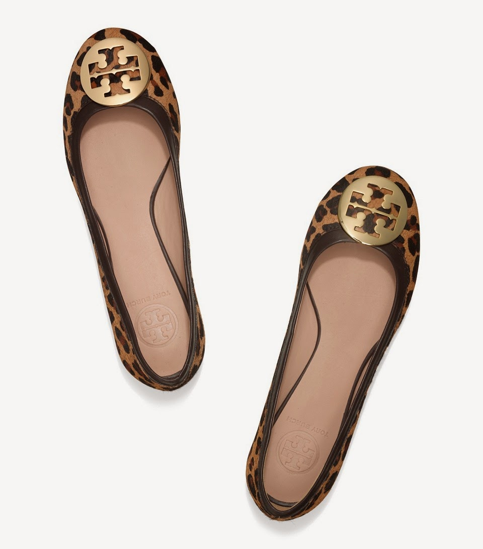 http://api.shopstyle.com/action/apiVisitRetailer?url=http%3A%2F%2Fwww.toryburch.com%2Freva-printed-ballet-flat%2F22148005.html%3Fstart%3D12%26cgid%3Dshoes-reva-ballerina-flats%26dwvar_22148005_size%3D9.5%26dwvar_22148005_color%3D223&pid=uid1936-24454956-13