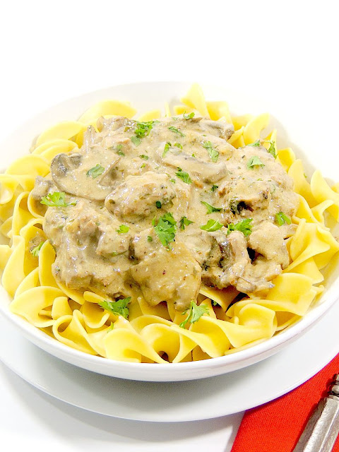 This Slow Cooker Beef Stroganoff from www.bobbiskozykitchen.com