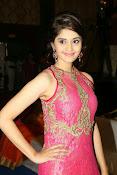 Surabhi glamorous photos in pink-thumbnail-14