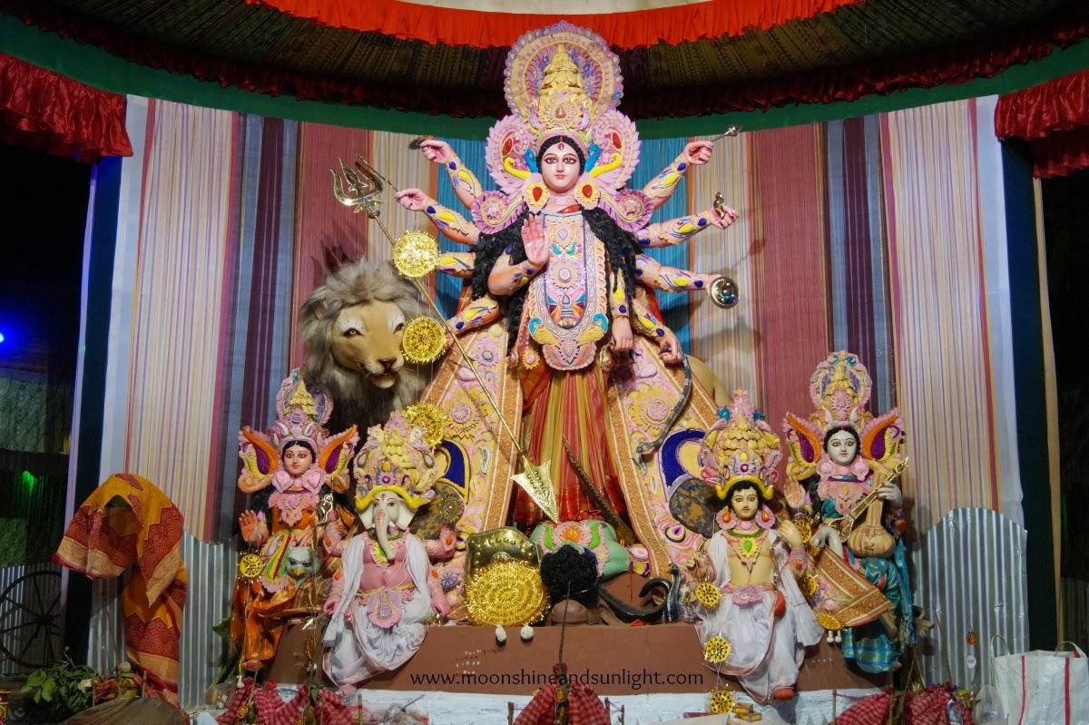 Durga puja pandal hopping 2014 ,Durga puja pandal hopping 2014 ,Durga puja in India, artistic durga Idol, Durga Idol, durga puja,howrah, Kolkata,kendua