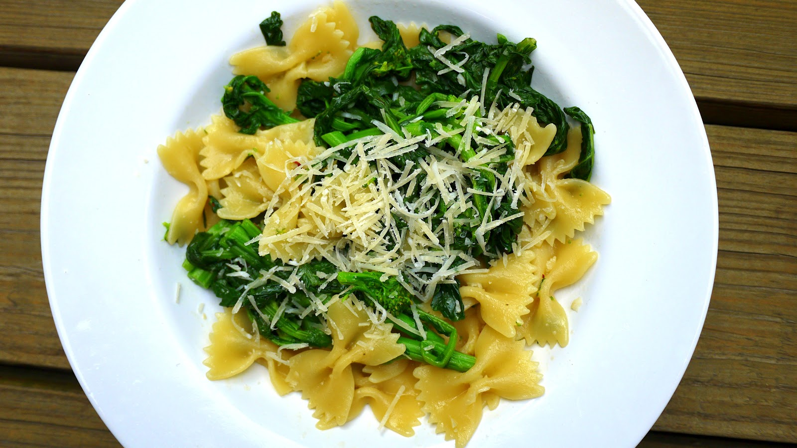 Fresh Local and Best: Garlic Broccoli Rabe Pasta Quickest Meal Ever