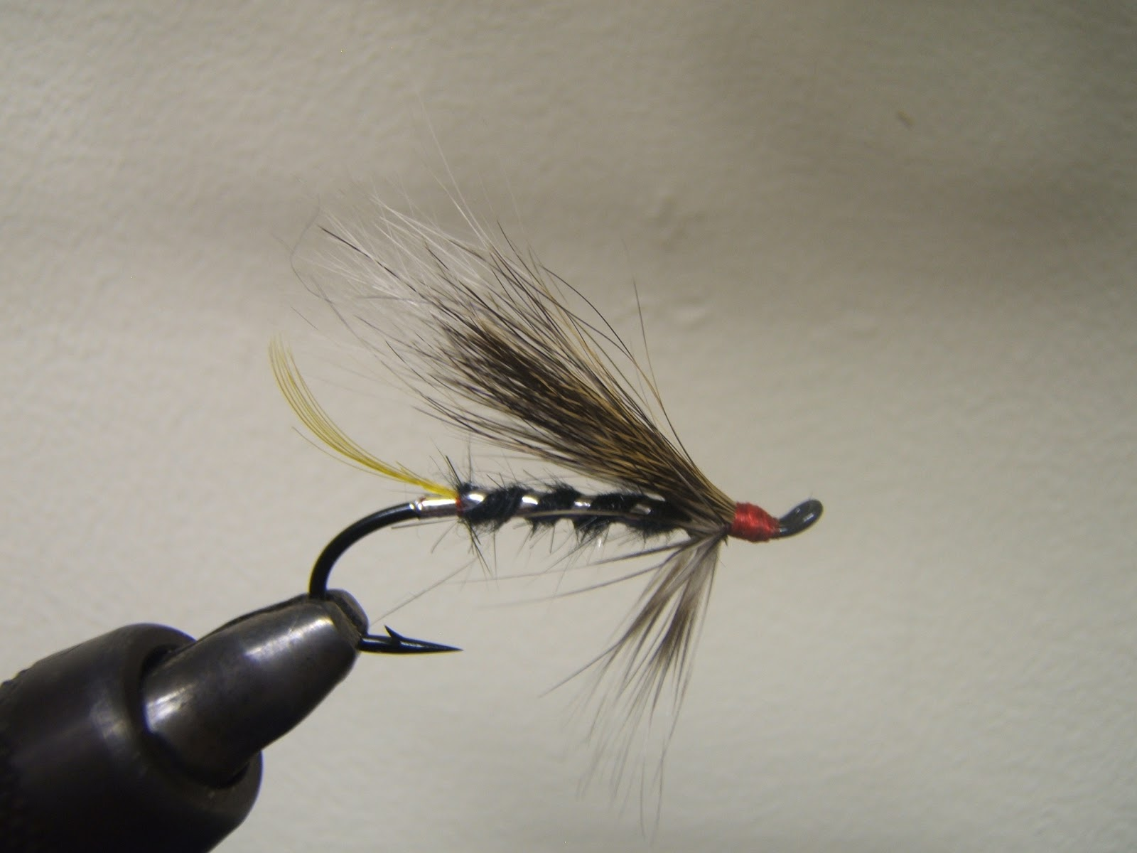 Rvrwader fly tying and fly fishing shadow boxing a black rat for Shadow fly fishing