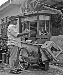 pelajaran dari tukang bakso