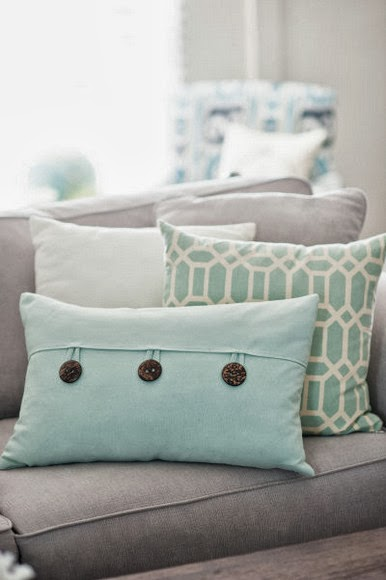 Bridget Much Like Casey I Stick With The Cool Colored Pillows As Well I Find That I M Often Drawn To Blue Pillows Striped Pillows Soft Geometric Prints