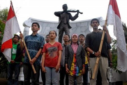 Pemuda dan Sosialisasi