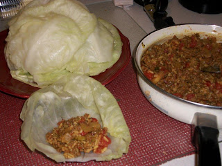 Filling the softened cabbage leaves