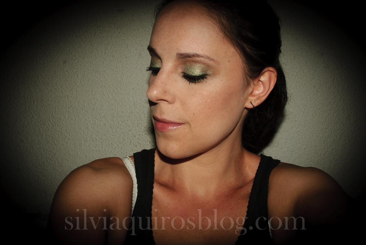 http://2.bp.blogspot.com/-yQbzWEwpmA0/UFFBfN15NfI/AAAAAAAARjY/a4Ww24wJ07U/s1600/scarlett+johansson+verde4.jpg
