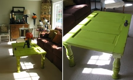 Ingeniando como hacer una mesa con una puerta vieja for Como reciclar una mesa de tv vieja