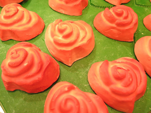 Roses All The Way, Lush, Valentines Day