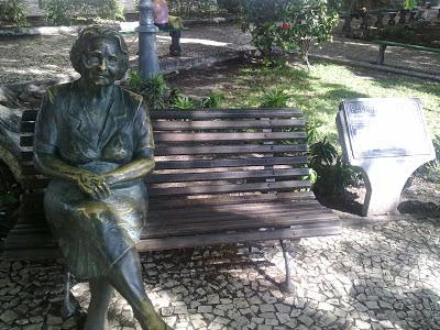 Rachel de Queiroz Praça General Leões Fortaleza