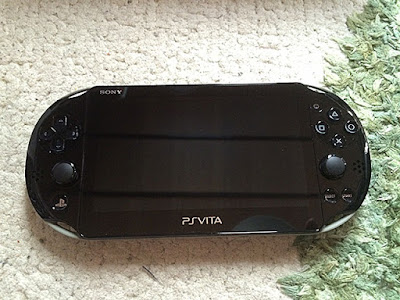 PS Vita (PCHJ-10010)×GOD EATER 2 Fenrir Edition