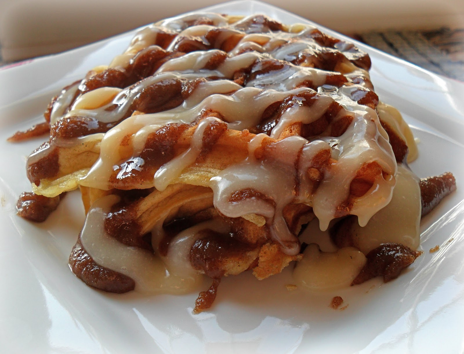 Candid Cooking: Cinnamon Roll Waffles