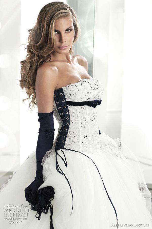 Black And White Wedding Dress Decoration Designs