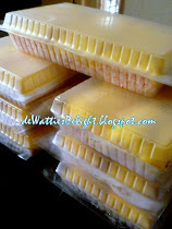 HOT!!!  Durian Crepe (Also avail Straw/Blueberry/Choc Crepe)