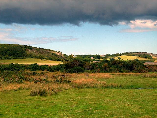 Raggiungere Penmon Priory in Galles