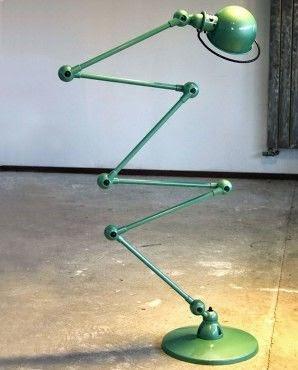 lampara de pie jielde