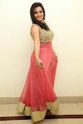 Revathi Chowdary sizzling Photos-thumbnail-4