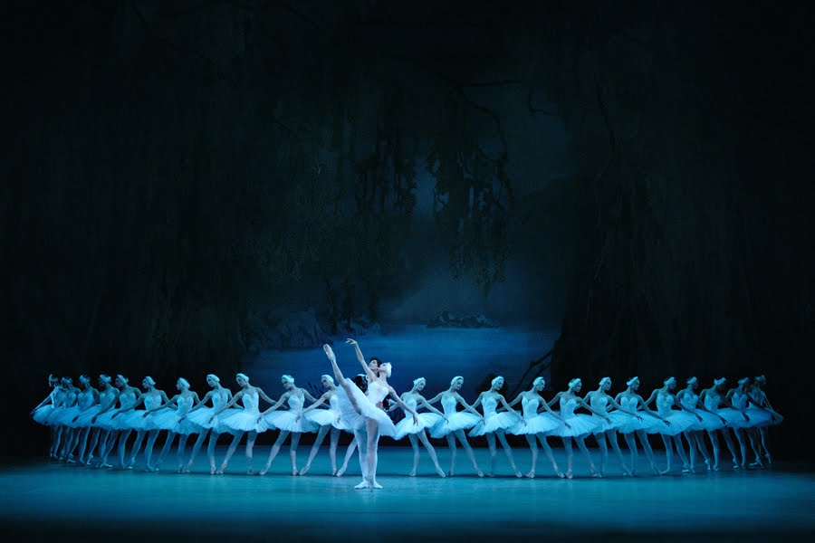 Pyotr Ilyich Tchaikovsky: Swan Lake – Mariinsky Ballet (2013)