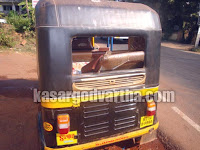 Kasaragod, Nellikunnu, Auto-rickshaw, Kerala, Decay, Kerala News, International News, National News, Gulf News, Health News, Educational News, Business News, Stock News, Gold News, Sports News.