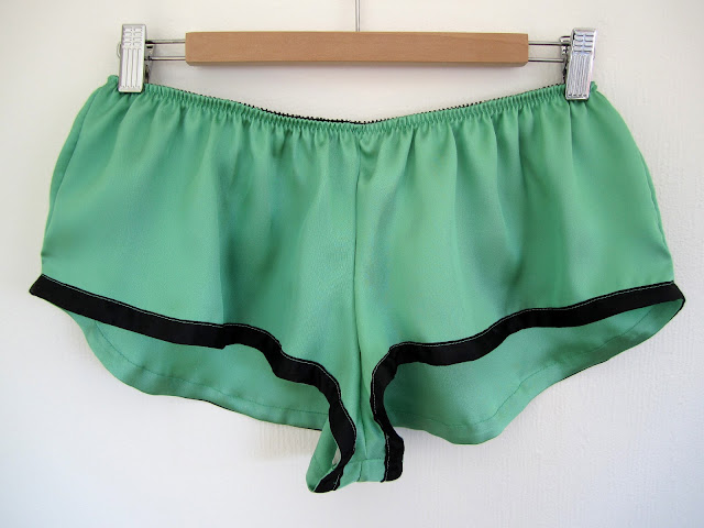 French Knickers in silk twill with ribbon trimmed legs.