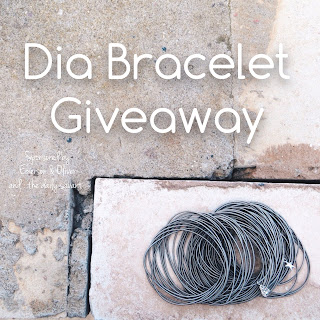 freebie friday, giveaway, free stuff, free jewelry, emerson & oliver, dia bracelets