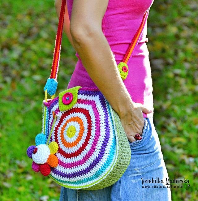 Crochet rainbow bag pattern