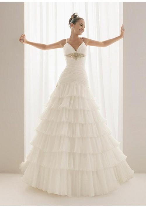 Spaghetti-Straps-wedding-dress