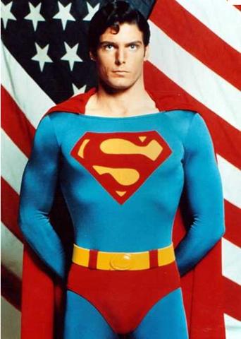 En 1938 nace el primer superhéroe: Superman (con permiso del Hombre Fantasma)