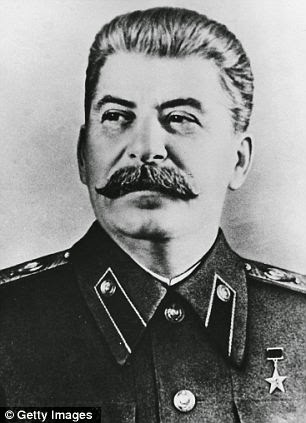 Josef Stalin, 5 ft 7