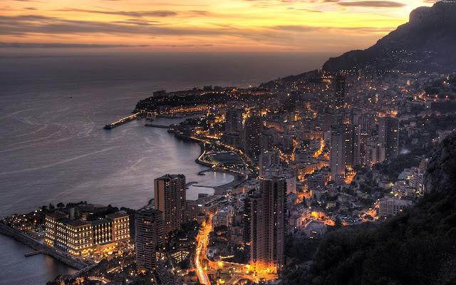 ночной пляжный город