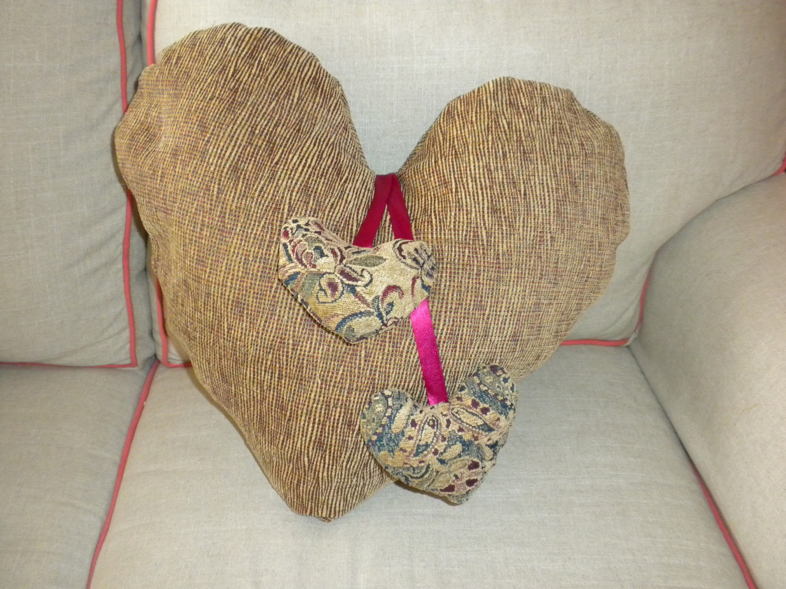 Heart Pillow Tutorial - Completed
