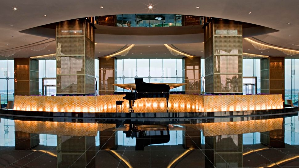 Passion for luxury meydan hotel in dubai for horse race for The best luxury hotels in dubai