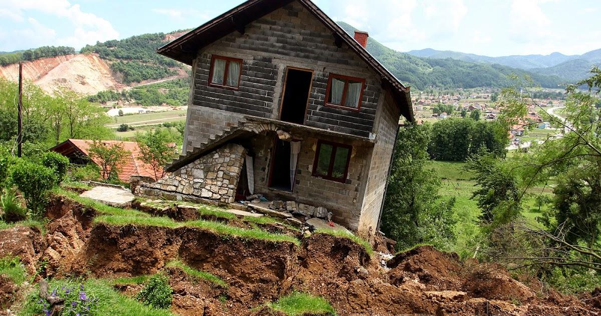 Klizište uništilo 18 kuća u Kosovi: Čitav život ulažeš, a za sat sve izgubiš ...