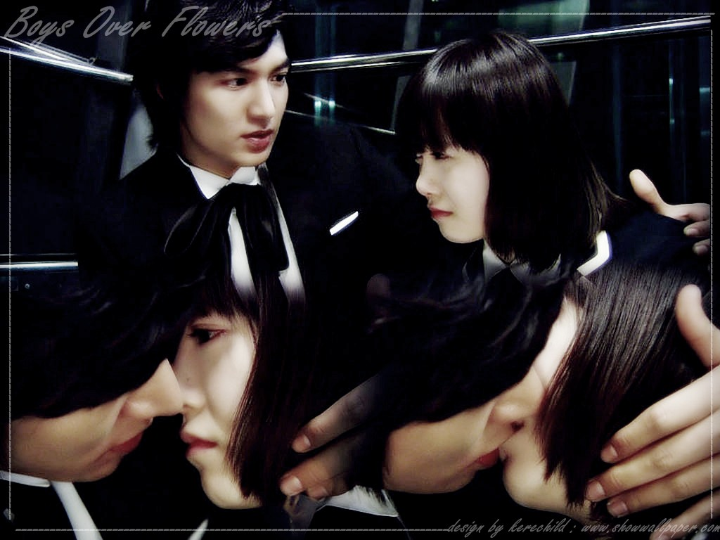 Goo Hye Sun bersama dengan Kim Hyun Joong And Koo Hye Sun Kiss