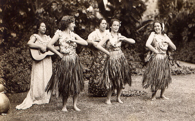 1930s Hula Dancers