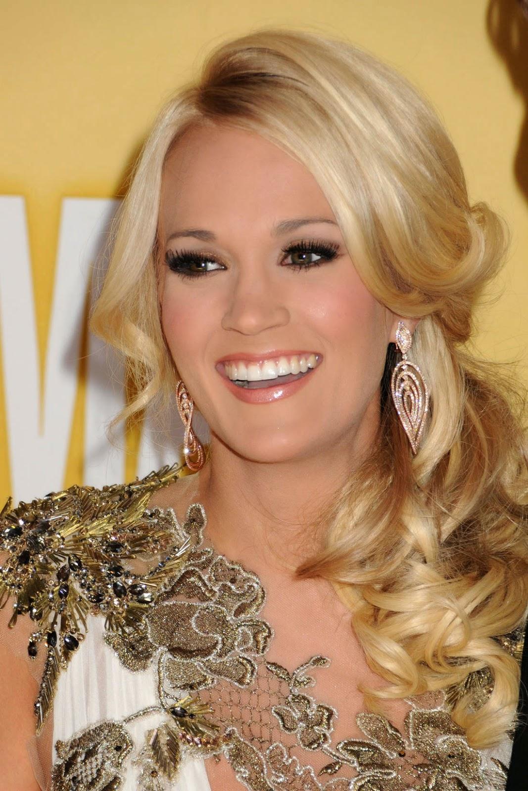 Carrie Underwood Makeup Carrie Underwood wears to