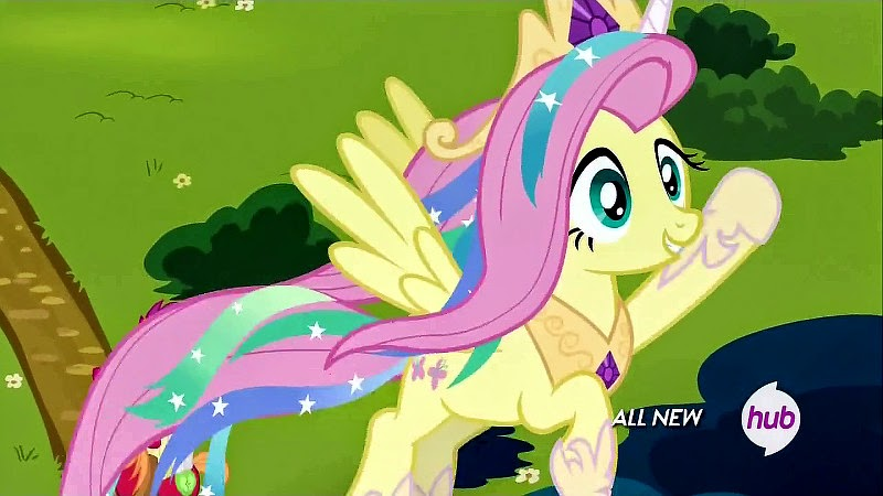 Fluttershy dressed as Princess Celestia