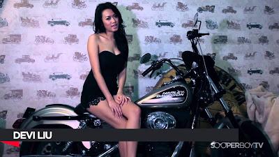 Sexy, Bitchy, Naughty - Devi Liu