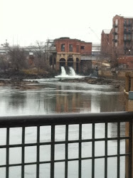 Dam in downtown Columbus