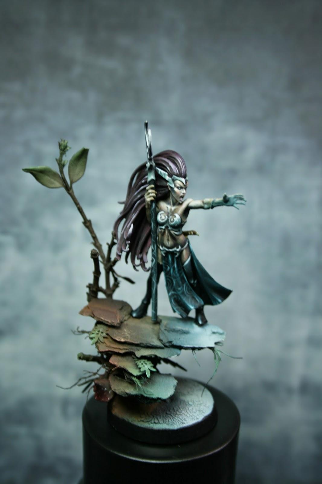 Eureka! miniature painting: PAP: Peana Hechicera Elfa Oscura