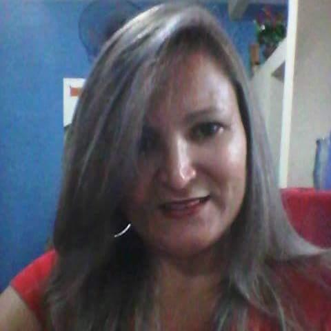 Lucia Araujo
