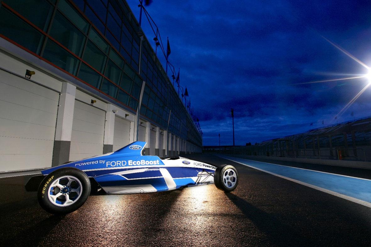 O carro 2012 da f rmula ford carrega essa tradi o para o futuro com grande estilo diz mike norton
